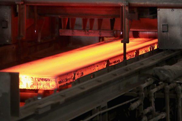 Producción de acero en Argentina se contrajo en 52,2% en mayo