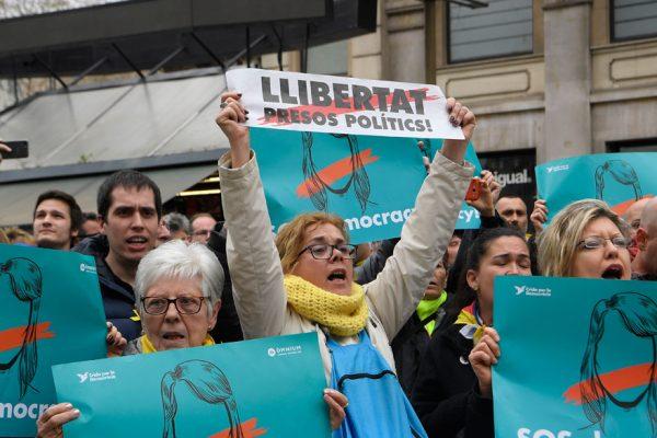 Manifestaciones en Cataluña tras la detención de Puigdemont