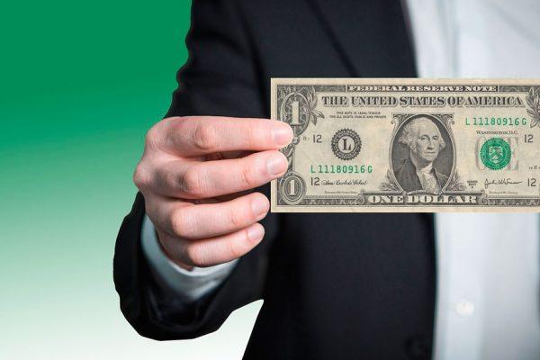 Dólar interbancario abre julio con mínimo aumento de 0,08% y se ubica en Bs.6.738,41