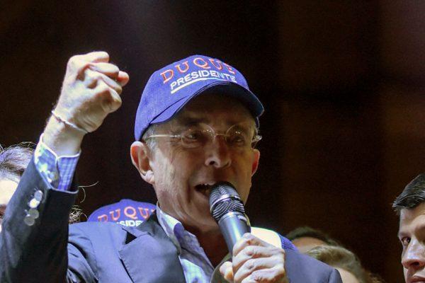 Uribe, el potencial regreso de la derecha dura al poder en Colombia