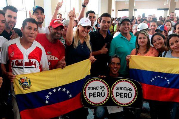 Gobierno peruano regulará ingreso de trabajadores venezolanos