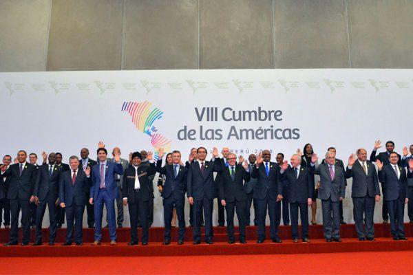 Cumbre de las Américas aprueba compromiso contra la corrupción