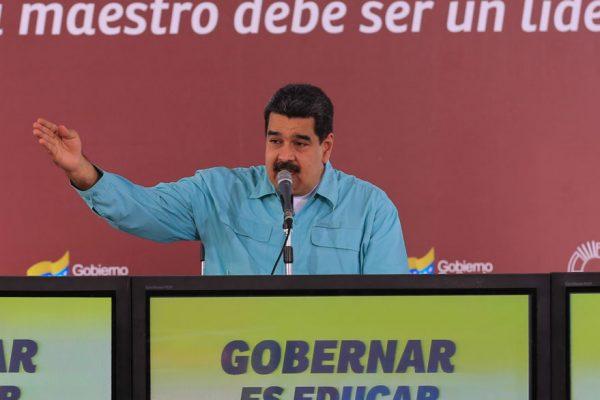 Maduro: Propuesta de dolarización es inconstitucional