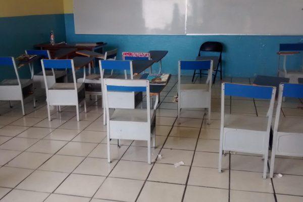 Espiral inflacionaria desaloja las aulas de alumnos y profesores