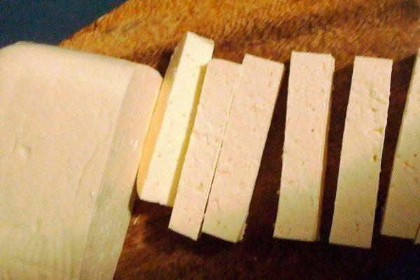 Precio del queso se duplicó en un mes