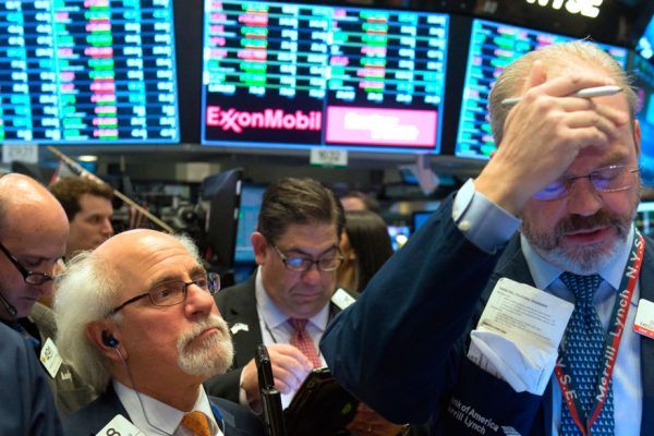 Wall Street bajó tras la nueva amenaza de Trump a China