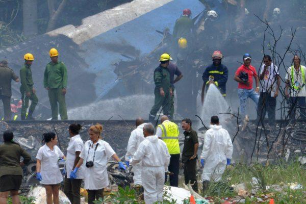 Avión se estrella en Cuba con 104 pasajeros a bordo