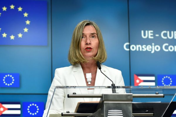 Mogherini: La UE no está en guerra comercial con nadie