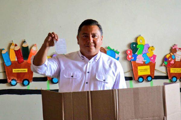 Bertucci denuncia intimidación y compra de votos