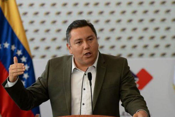EE.UU deporta a Javier Bertucci: 'No fue reconocido como parlamentario ni como opositor'