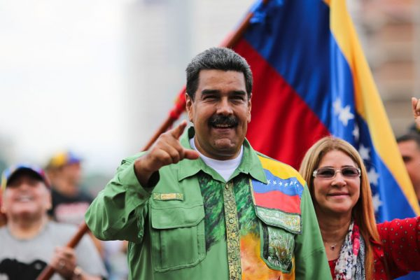 Maduro, protagonista de la debacle... aún en pie