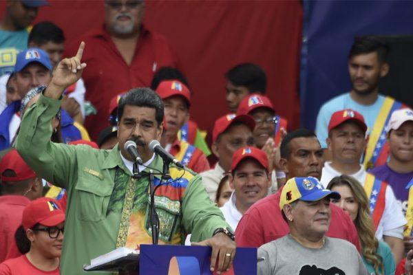 Oficialistas marcharán este lunes en respaldo a Maduro