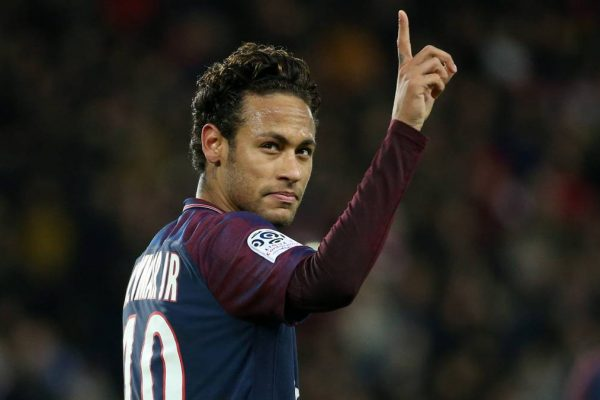 Medios afirman que el Madrid estaría negociando fichaje de Neymar