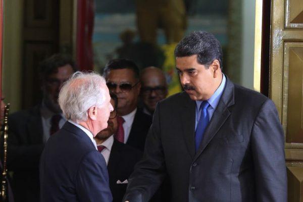 Maduro se reunió con senador estadounidense