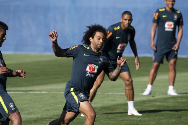 Brasil se prepara para mostrar un «fútbol hermoso» ante Bélgica