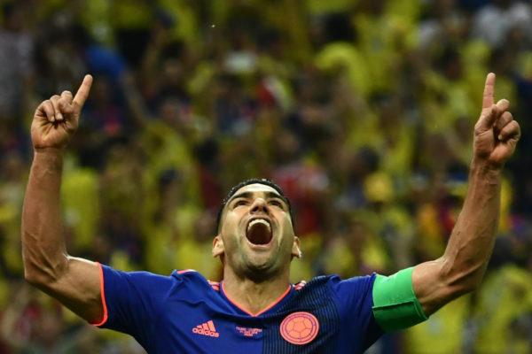 Colombia golea 3-0 a Polonia y revive en el Mundial
