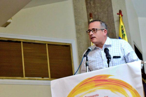 Sucre sustituye a Luis Florido en Comisión de Política Exterior