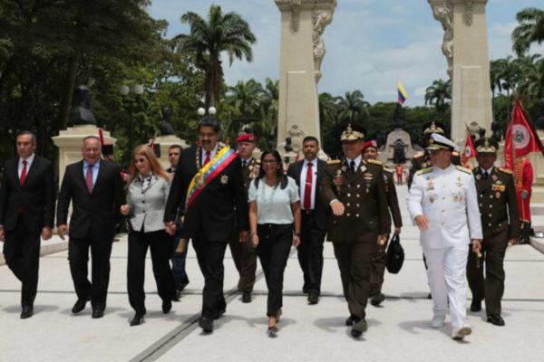 Maduro llama a la FANB a cerrar filas ante supuesto complot desde Colombia