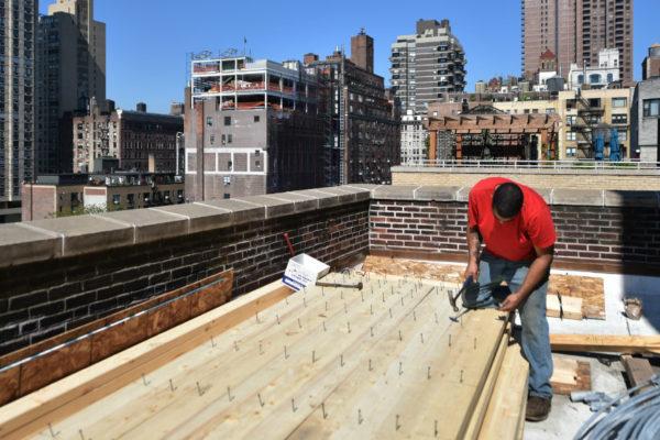 Tanques de agua de madera desafían la modernidad en Nueva York