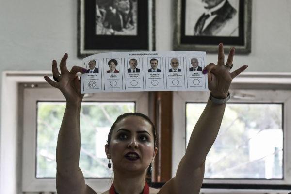 Erdogan enfrenta una oposición unida en las elecciones en Turquía