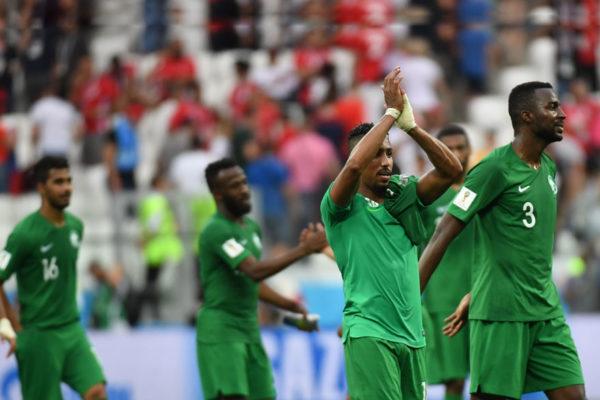 Arabia Saudita derrota 2-1 a Egipto en su despedida del Mundial