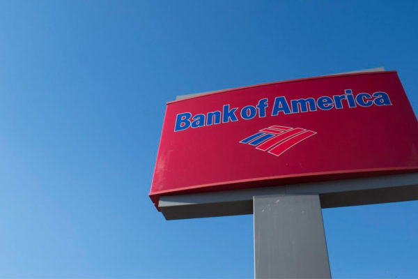 Ganancias de Bank of America suben 5,7% en el primer trimestre