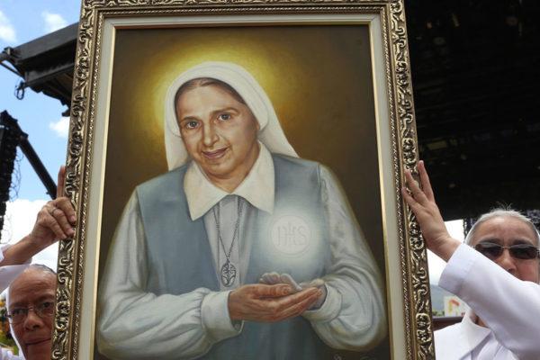 Beatificación de Carmen Rendiles celebrada en acto masivo