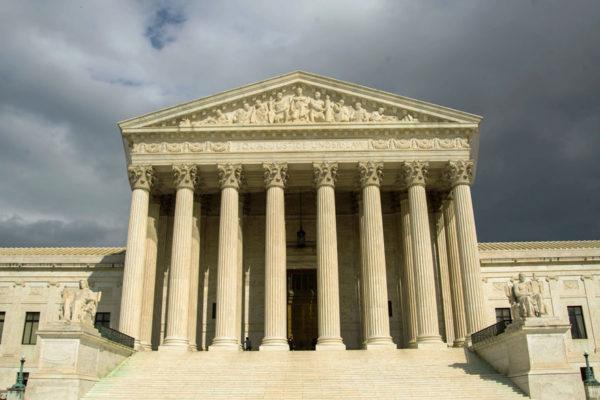 #Covid-19 | Corte Suprema de EE.UU suspende actividades por primera vez desde 1918