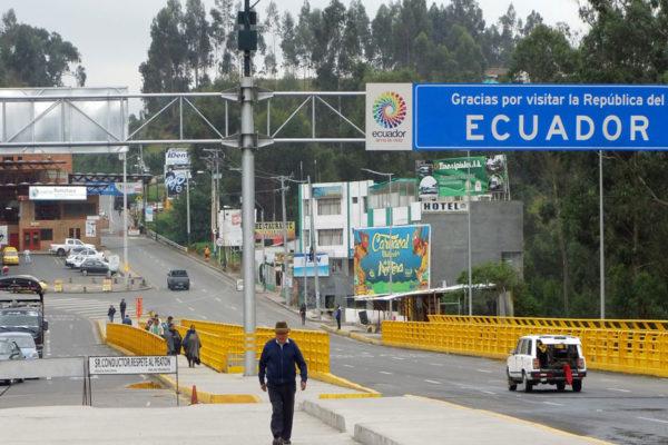 Ecuador estudia imponer visa humanitaria a venezolanos