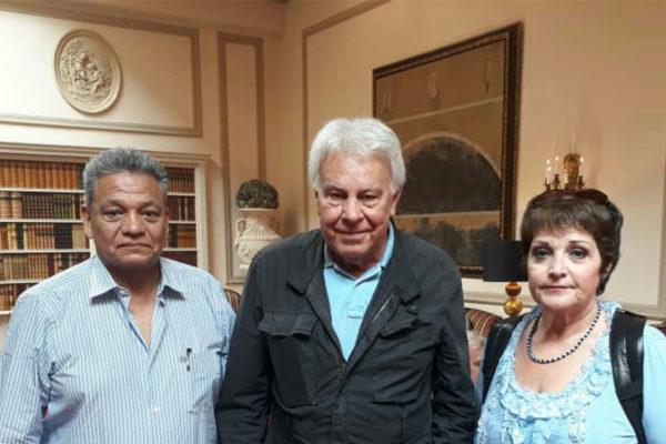 Sindicalistas venezolanos se reúnen con Felipe González