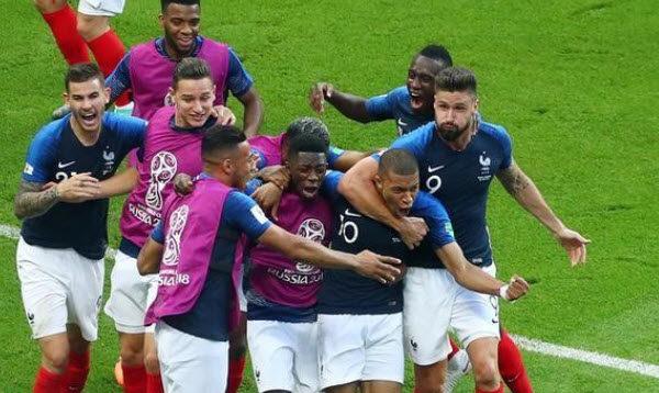 Francia vence 4-3 a Argentina y pasa a cuartos de final