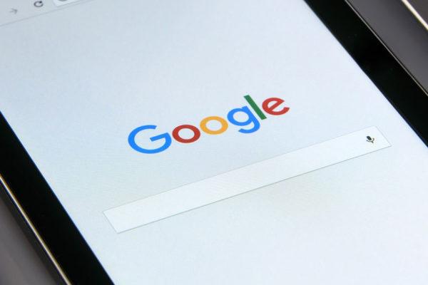 Las ganancias de Google caen 29% tras la multa de la Unión Europea