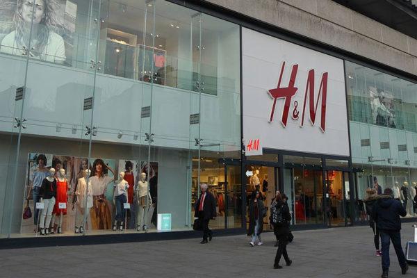 H&M cerrará 250 tiendas como parte de reestructuración por la pandemia