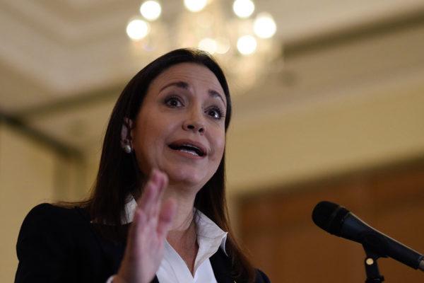 María Corina Machado pide a la AN autorizar fuerza extranjera para ingreso de ayuda