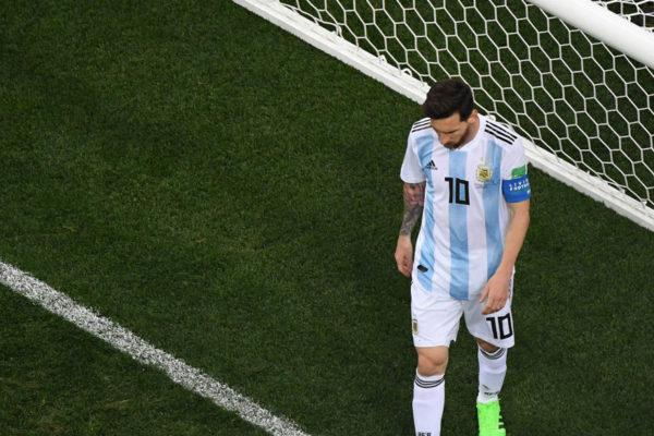 Messi se envuelve en la Albiceleste tras el psicodrama con el Barça