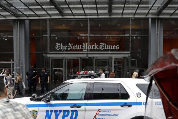 NY Times: Ataques de Trump a la prensa son peligrosos