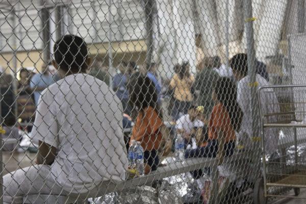 ¿Por qué EEUU separa a los niños de las familias inmigrantes?