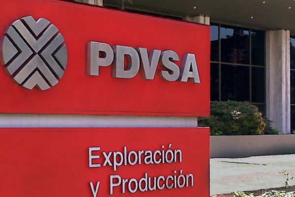Pdvsa tiene que ofrecer descuentos muy altos y corre el riesgo de producir a pérdida