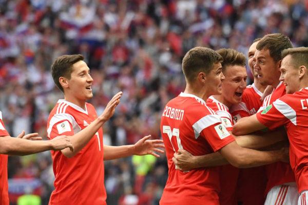 Rusia golea 5-0 a Arabia Saudita en primer juego del Mundial