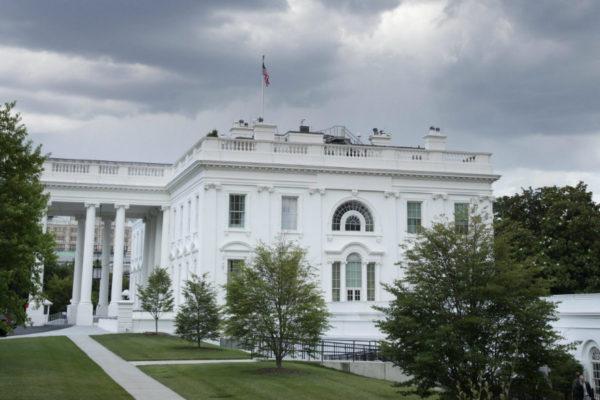 Un avión provocó el cierre de la Casa Blanca y el Capitolio al volar sobre Washington