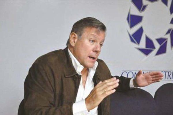 Olalquiaga: industria está trabajando al 10% en comparación con 1998