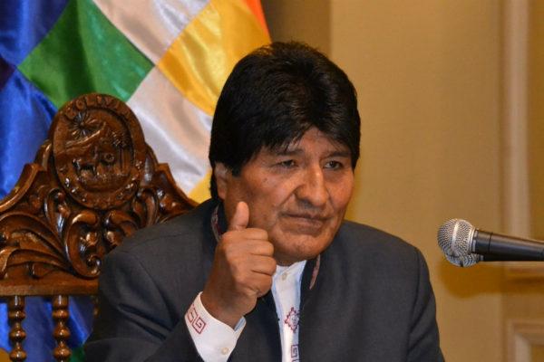 Evo Morales denunció la persecución contra dirigentes bolivianos