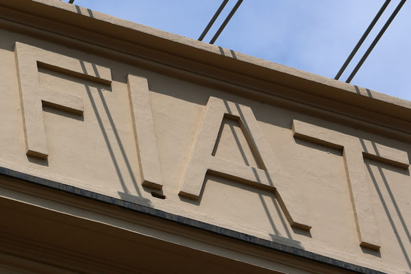Comité del grupo europeo de PSA aprueba la fusión con Fiat-Chrysler