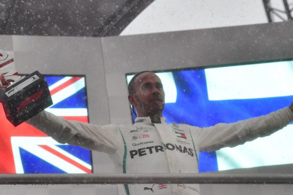 Lewis Hamilton gana el GP de Alemania y se sitúa líder del Mundial