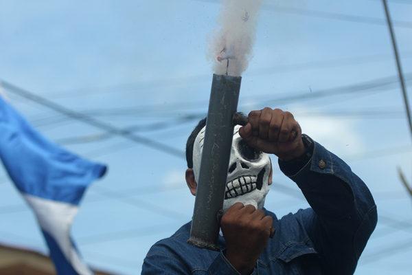 Fuerzas gubernamentales en Nicaragua atacan ciudad de Masaya