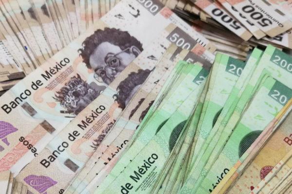 La bolsa y el peso de México caen tras triunfo de López Obrador