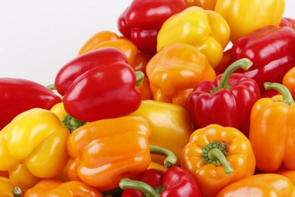 Salario mínimo integral compra un kilo de pimentón y otro de tomates