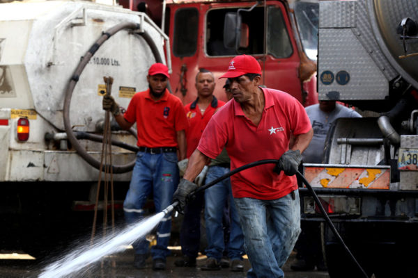 4.500 personas realizan mantenimiento a espacios públicos de Caracas