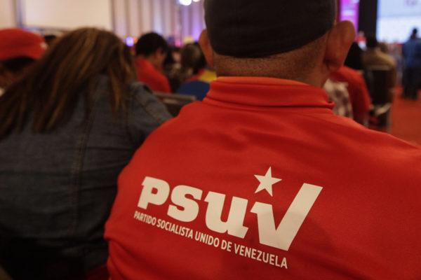 PSUV planea crear una universidad para adoctrinar a sus militantes