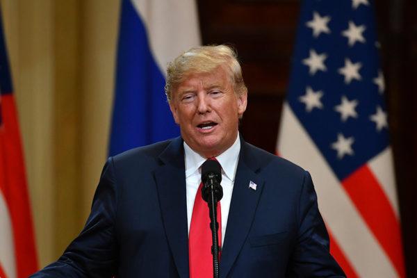 Trump carga contra el New York Times tras acusación de fraude fiscal